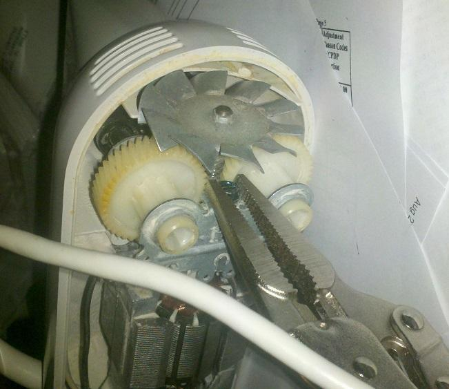 How To Remove Blade From Kitchen Aid Mixer